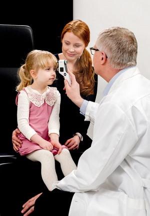 iCare IC100 tonometrilla Silmänpaineen mittaus onnistuu helposti myös lapsilta.